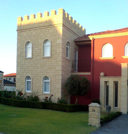 turrethouse2.jpg