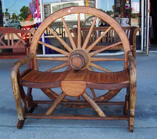 wagonchair1.jpg